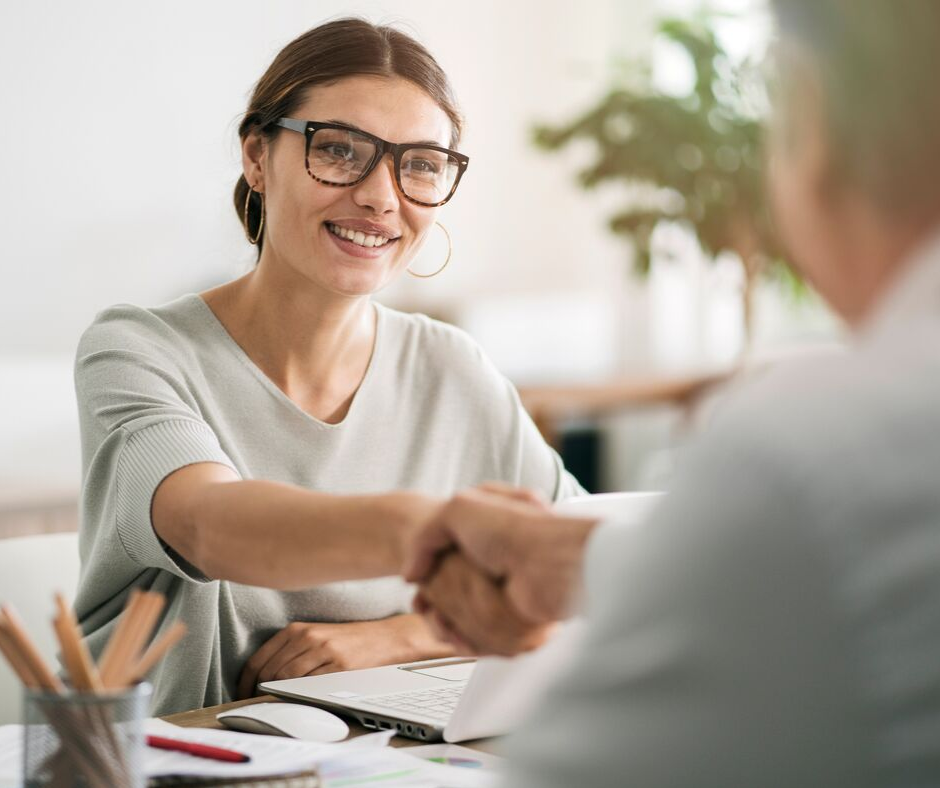 Hiring Contractors vs Employees for Your Small Business